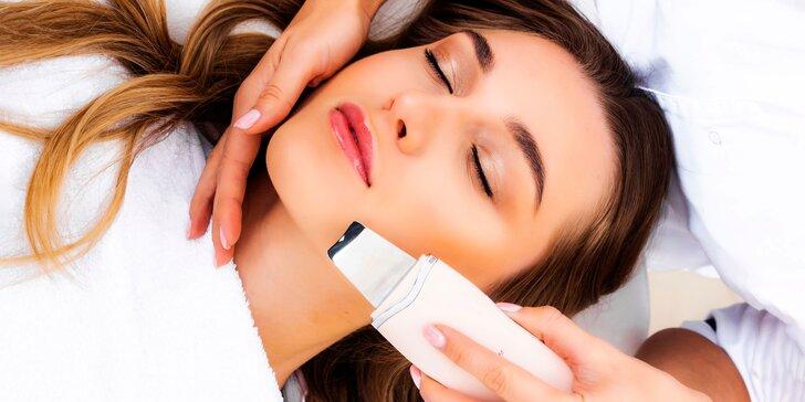 Hĺbkové čistenia pleti alebo masáž tváre a krku s úpravou obočia
