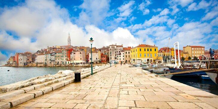 Víkendové kúpanie v chorvátskom Poreči: historické centrum mesta, pláž i aquapark
