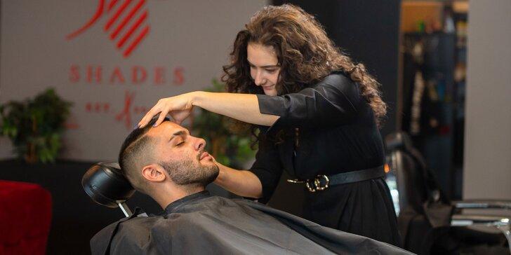 Pánsky strih alebo úprava brady barberom v salóne 50 Shades