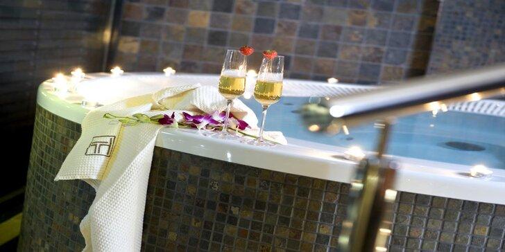 Romantický pobyt v Hoteli Turiec**** so vstupom do wellness a fľašou vína na izbe