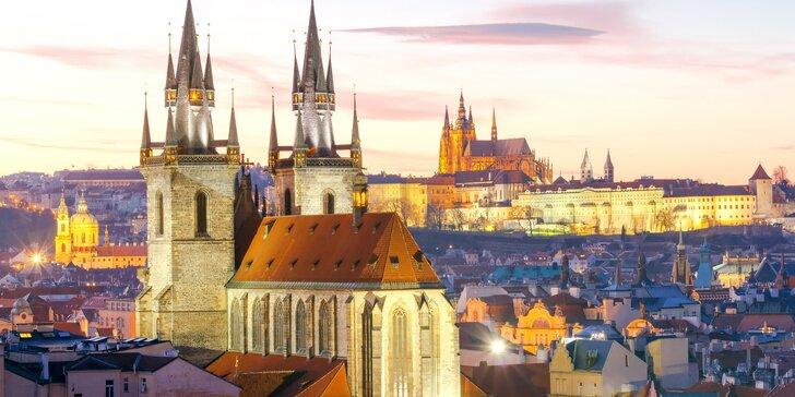 1–7 nocí v centre Prahy až pre 4 osoby: strava, terasa s výhľadom na hrad a Staré Mesto