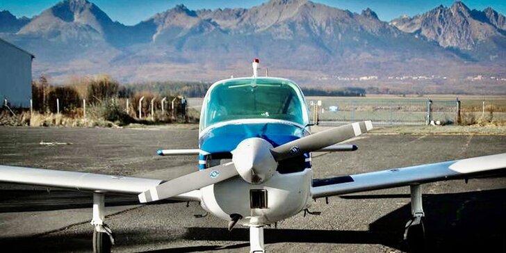 Zážitkové lety cez deň či pri západe slnka až pre 3 osoby - aj s možnosťou pilotovania!