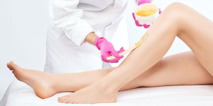 Depilácia voskom: ruky, podpazušie, chrbát, predkolenie či oblasť bikín