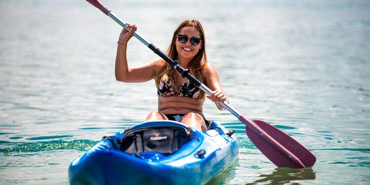 Požičajte si kajak a vyberte sa na Slnečné jazerá!