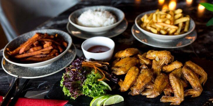 Štedrá porcia pečených krídeliek na kórejský spôsob v Ikigai