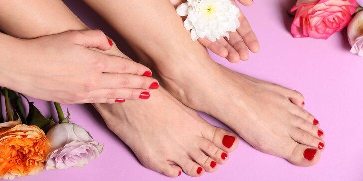 Mokrá pedikúra s masážou nôh alebo aj s manikúrou a gél lakom či gélovými nechtami