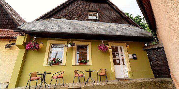 Výnimočný pobyt v historickom centre Kežmarku: romantický penzión s raňajkami, barom a terasou