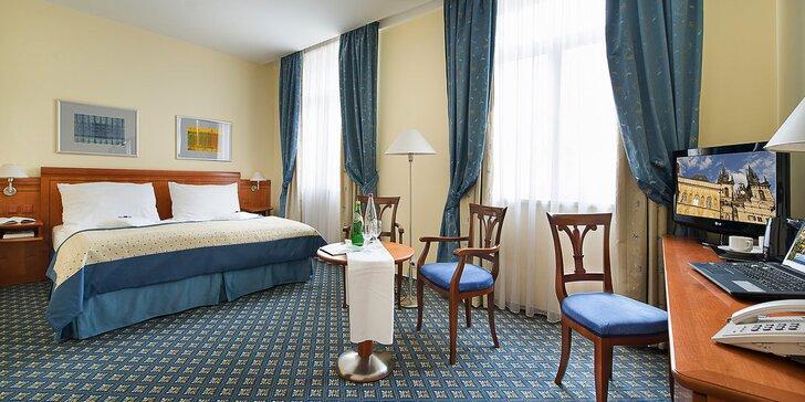Rozprávkový pobyt v 4* hoteli na Václavskom námestí: raňajky aj večera a okružná jazda