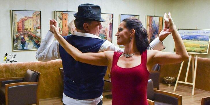 """Kurzy párovej alebo bezpárovej salsy v tanečnej škole """"Salsa, Son, Pasión"""""""