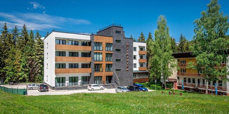 Dovolenka v Jánskej doline v apartmánovom rezorte Štiavnica so špičkovým wellness so saunami a bazénom + 2 deti v cene voucheru