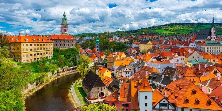 Oddýchnite si v Českom Krumlove: možnosť raňajok a zľava do reštaurácie