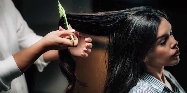 Podstrihnutie vlasov a regeneračná kúra Malibu C či K18