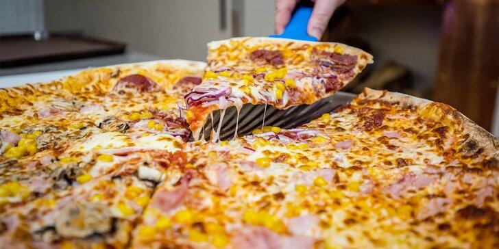 Celá pizza podla vášho výberu v Bongiorno Pizza Italia