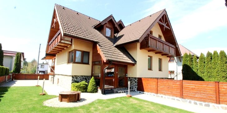 Pobyt pre dve osoby v srdci Vysokých Tatier: útulný rodinný penzión, farebne zariadené izby a množstvo aktivít v okolí