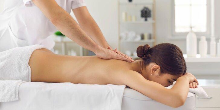 Klasická telová masáž, reflexná masáž chodidiel alebo masáž lávovými kameňmi