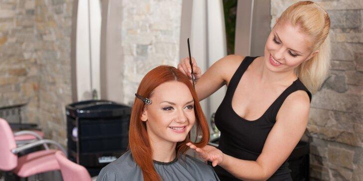 Dámsky strih, fúkaná a konečný styling pre všetky dĺžky vlasov