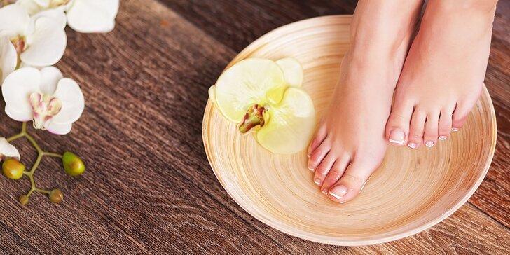 Relax pre vaše nohy: Wellnes alebo suchá pedikúra v Salóne Seberíni