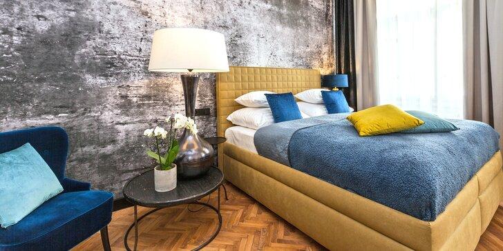 Pobyt v centre Prahy: hotel pri Staromestskom námestí s raňajkami a fľašou sektu