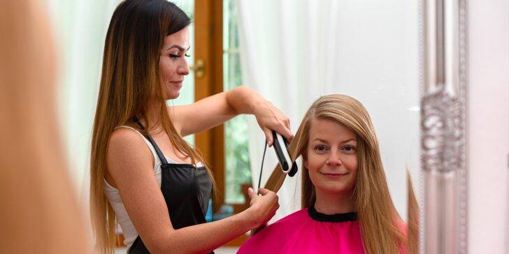 Brazílsky keratín alebo botoxová kúra na vlasy značky COCOCHOCO