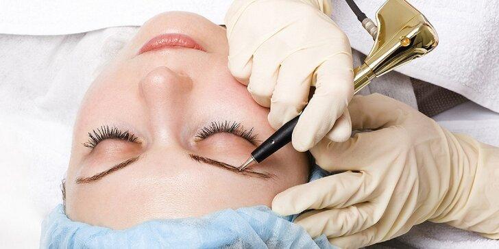Permanentný make-up obočia, očnej linky alebo pier