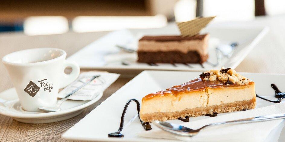 Espresso Trieste s cheesecakom alebo tortou