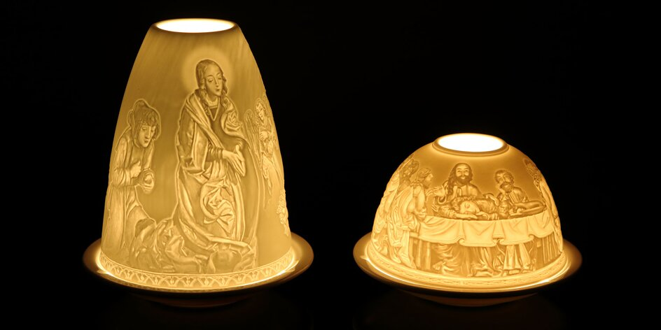 Porcelánové svietniky s prekrásnym reliéfom