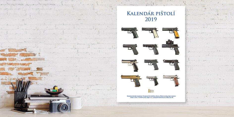 Nástenný kalendár pištolí na rok 2019