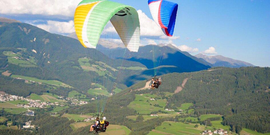 Zažite tandem paragliding pre 1 alebo 2 osoby