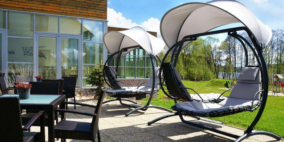 Hotel priamo pri Lipne: polpenzia, wellness s bazénom a saunou