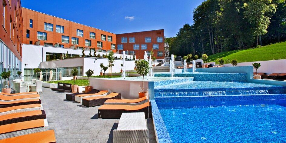 4* hotel v Chorvátsku s bazénmi a aquaparkom a ďalšou zábavou pre celú rodinu