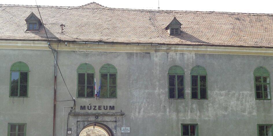 TIP na výlet: Hrad Modrý Kameň a Múzeum hračiek