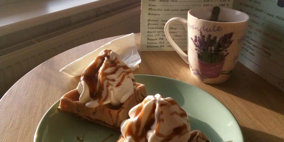 TESTUJEME: Domáce waffle s mrazeným jogurtom v Lavandu Melrose Café