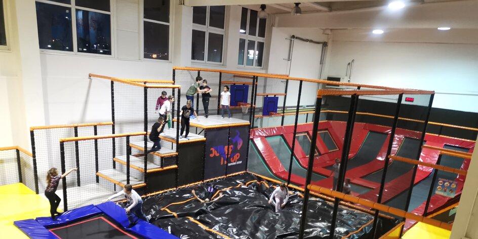 TESTUJEME: Trampolínové centrum JUMP IT UP