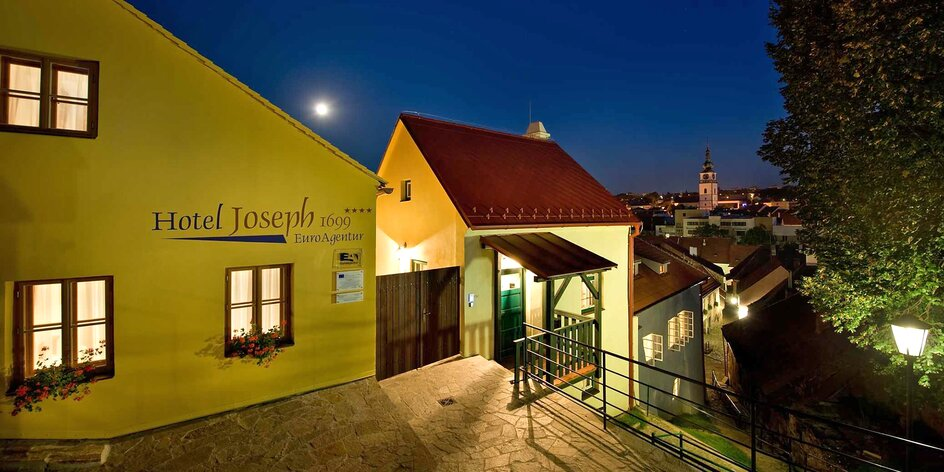 Dovolenka v historickej časti mesta Třebíč: infrasauna, izby Deluxe a raňajky