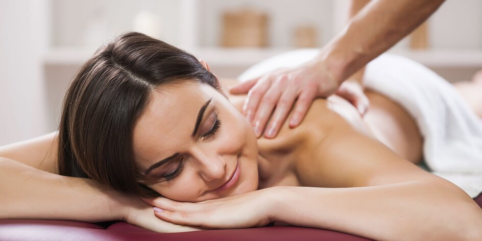 Špeciálna ozdravná masáž chrbta pre ženy