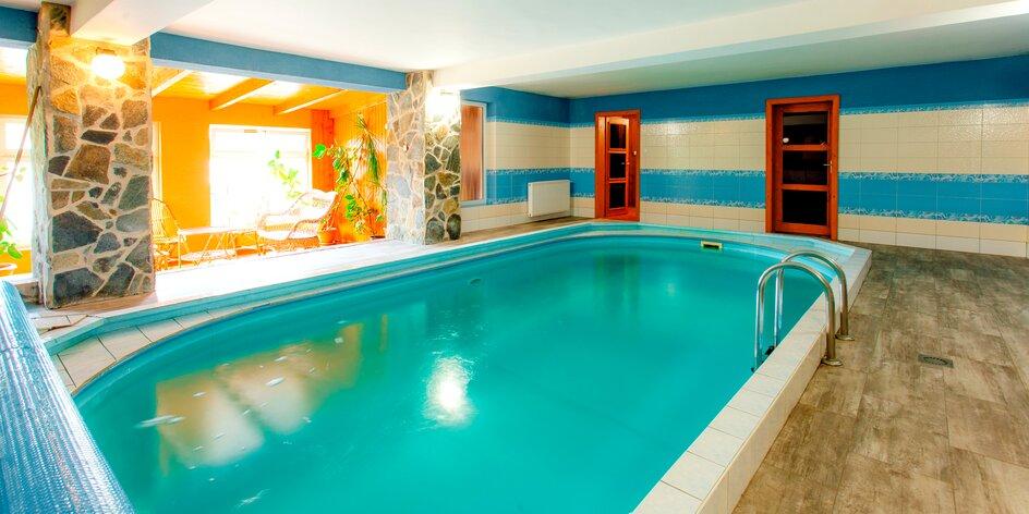Dovolenka na Orave so saunou, bazénom a zľavami na lyžovačku aj aquaparky