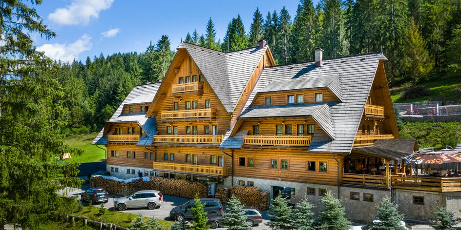 Dovolenka v horskom prostredí s neobmedzeným wellness, bazénom a aktivitami