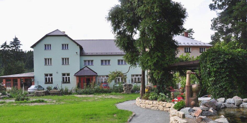 Moravský kras: polpenzia i vstupy do jaskýň a na zámok