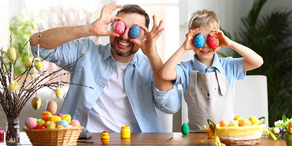 AKO NA TO | Vyrobte si s deťmi veľkonočné ozdoby!