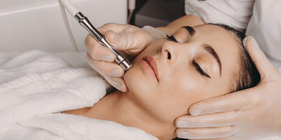 Kozmetické ošetrenie alebo úprava mihalníc či obočia lamináciou