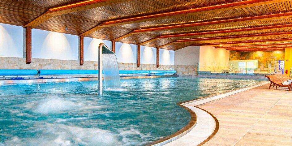 4* hotel vo Vršatskom podhradí: wellness pobyt s polpenziou