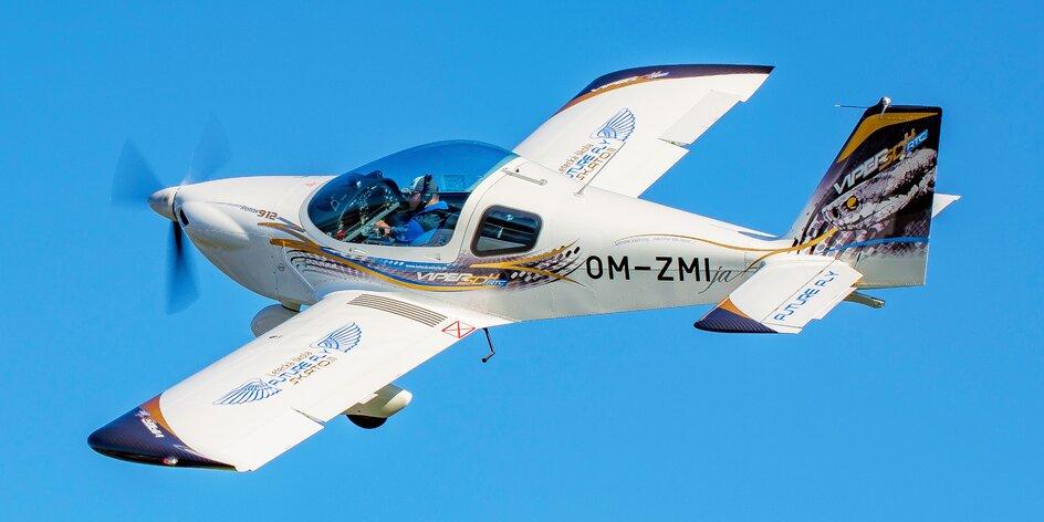 Let lietadlom Viper SD4 s možnosťou pilotovania alebo skupinový let na 2 lietadlách