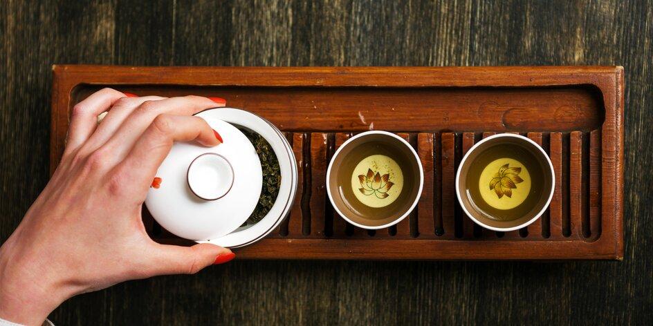 """""""Baví ma piť to, čo príde aktuálne čerstvé z plantáže."""" O čajoch a nečajoch s majiteľom Literárnej čajovne, Mariánom Mazagom"""
