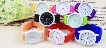 Farebné silikónové unisex hodinky