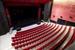 Darčeková poukážka na 5 filmových predstavení v petržalskom Artkine za zrkadlom…