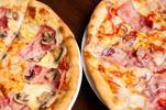 Pizza podľa vlastného výberu alebo 2 pizze aj s fľašou vína