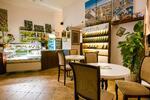 Sacher torta a Café Latte alebo Capuccino