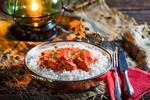 Chicken tikka masala s basmati ryžou v Taj Mahal Indian Restaurant