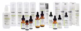 Ošetrenie HydraFacial® s Omniluxom® a hĺbkové čistenie lekárskou kozmetikou…