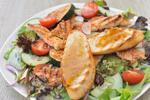 Svieži mozzarela šalát alebo výborný kurací šalát v STENLY´S